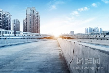 现代建筑桥梁