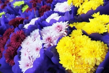 花店外陈列的鲜花花束出售花卉背景
