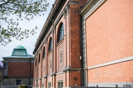丹麦哥本哈根城市历史建筑的城市风貌