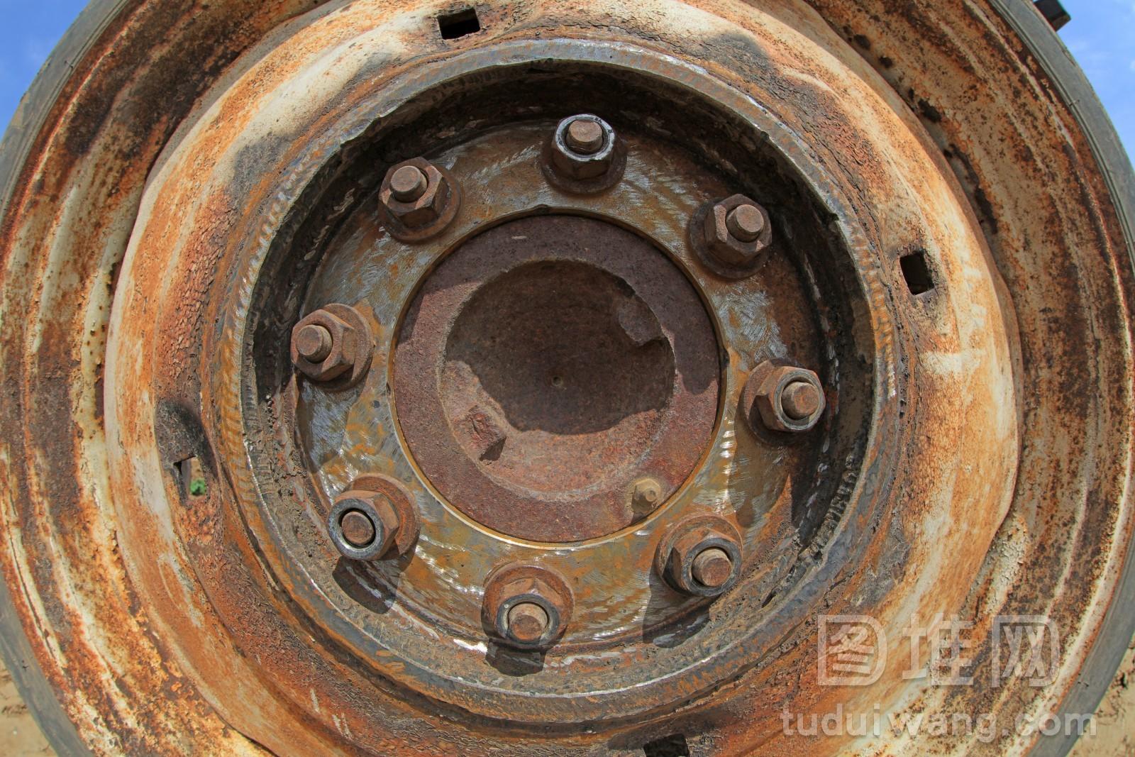 拖拉机金属轮盘